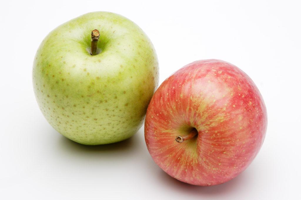 スロージューサー(コールドプレスジュース)にはりんごを混ぜていい