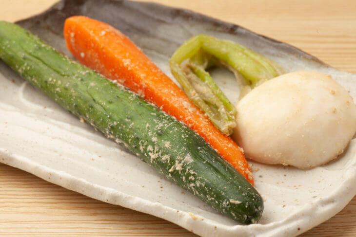 各種野菜のつけ方。塩もみや湯がきが必要な野菜も