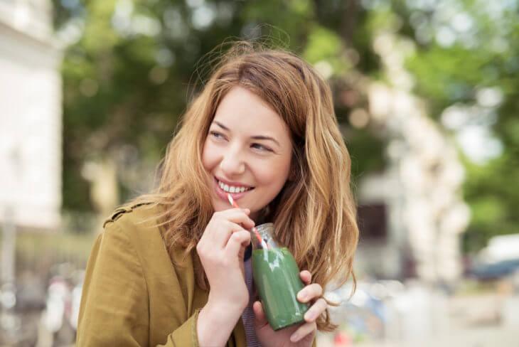 朝のフルーツ青汁に含まれる栄養素は?どんな効果効能が期待?